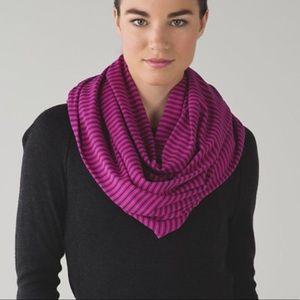 🆕 fuschia striped lululemon vinyasa scarf